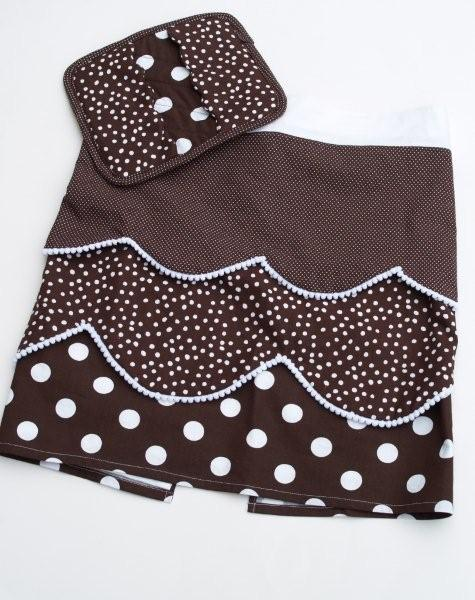 Polkadots, Pompoms, and a Potholder. Oh my.