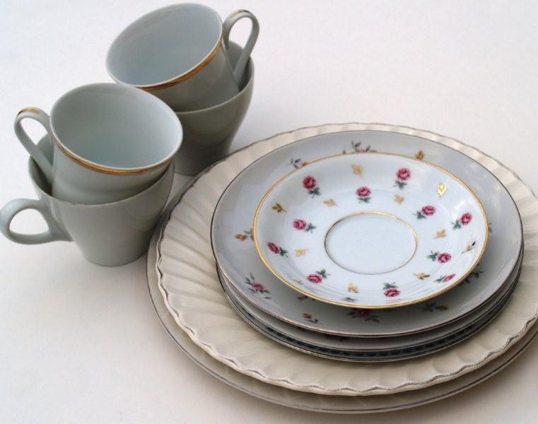Make an Anthropologie inspired cup & saucer serving tower