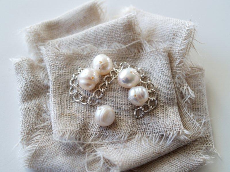 P1010696 Romantic Ruffled Bracelet