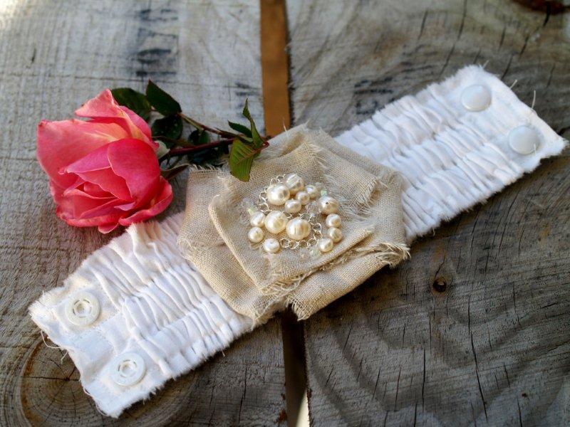 P1010723 Romantic Ruffled Bracelet