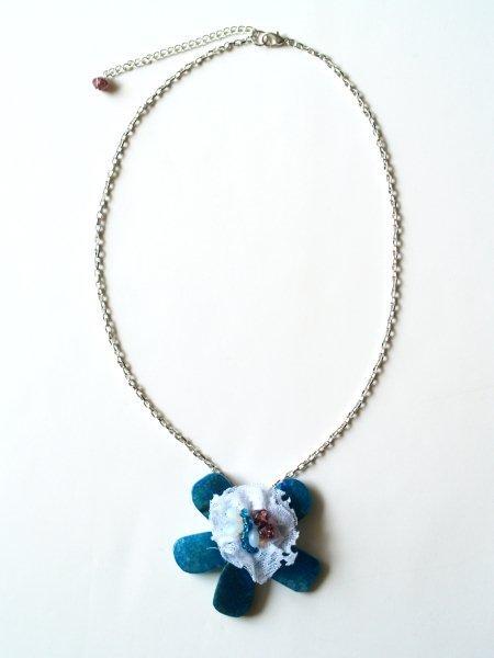 Anthro Cyclades Cinquefoil Necklace