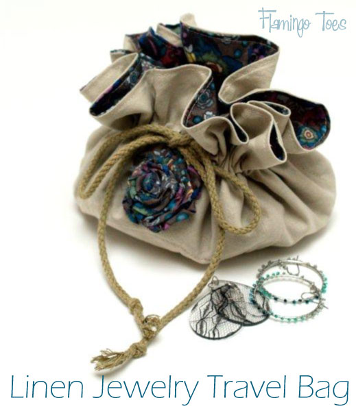Linen Travel Jewelry Bag - Flamingo Toes