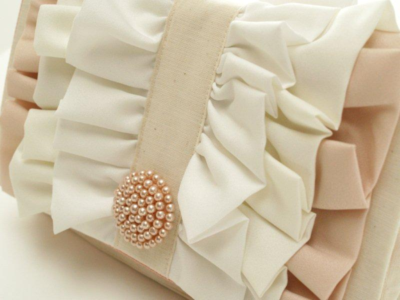 Pretty Ruffled Clutch Tutorial