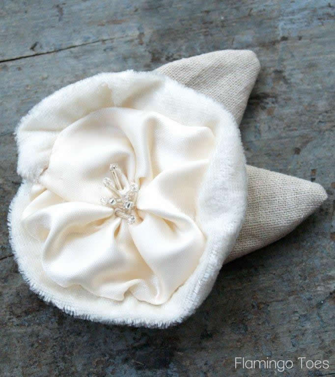 Making Fabric Flowers and a Giveaway!