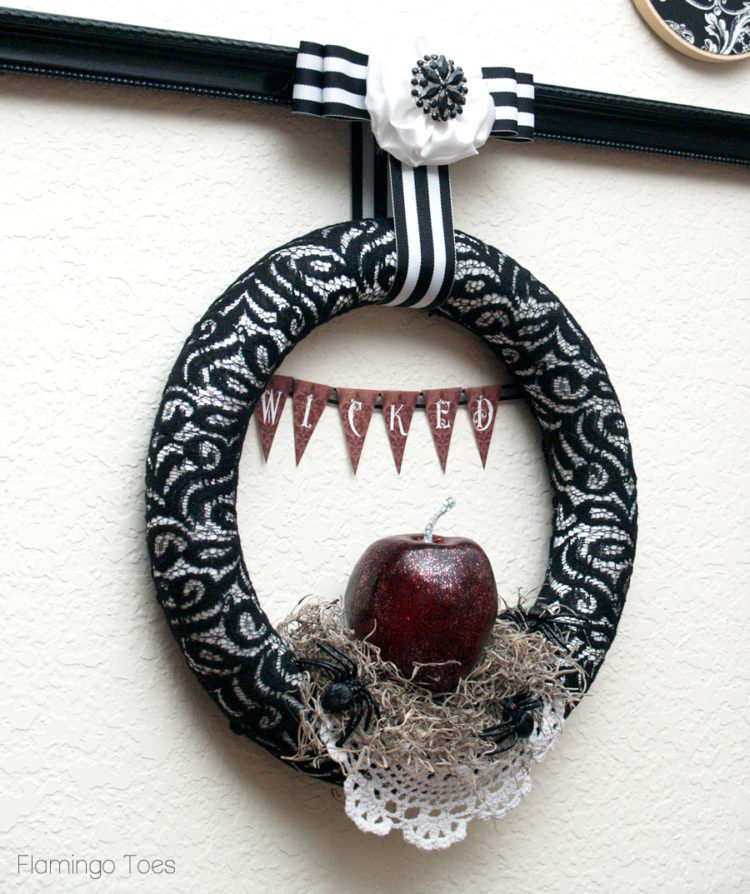 Wicked Wreath for Halloween