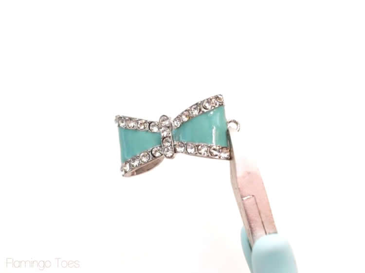 mint enamel bows
