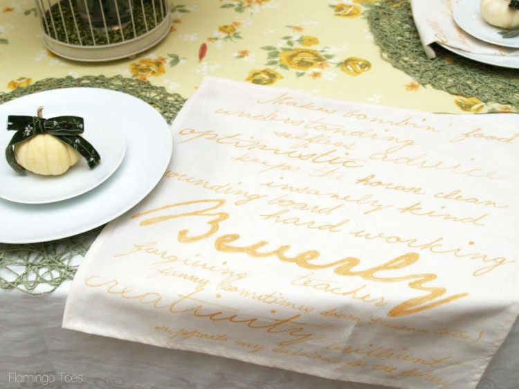 Personalized Thanksgiving Napkins #turkeytablescapes