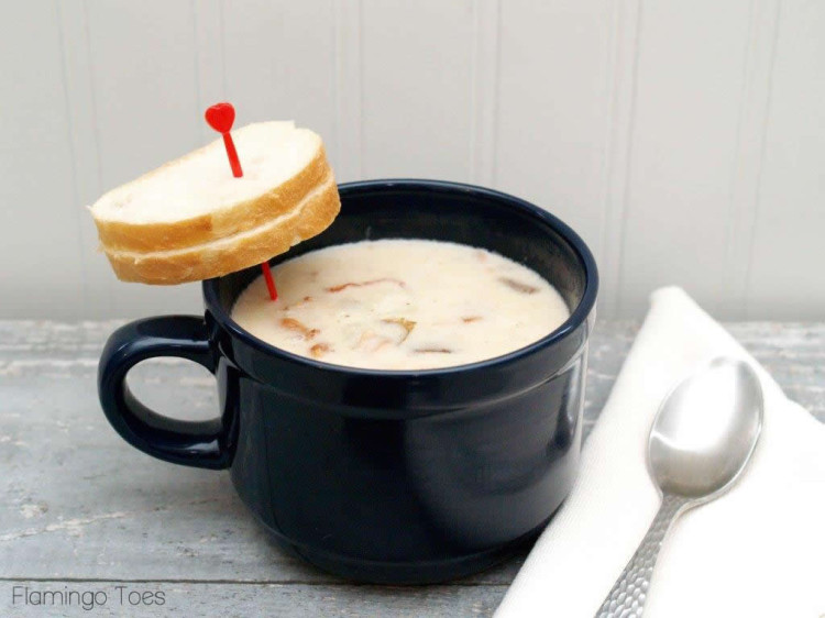 Clam Chowder Soup and Sourdough