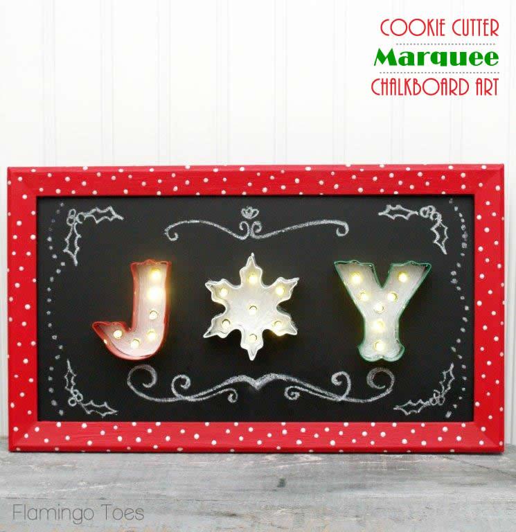 Cookie Cutter Marquee Chalkboard Sign #fabulouslyfestive #Christmas #ChalkboardArt