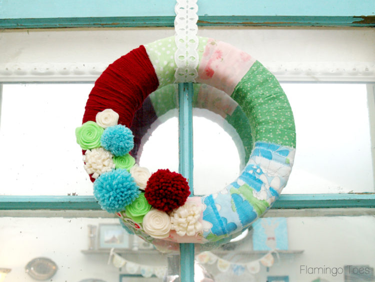 Scrappy Retro Christmas Wreath