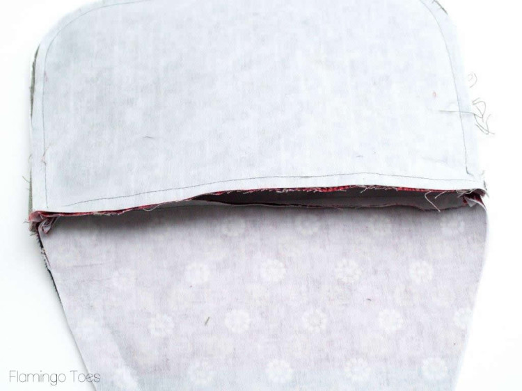 sewing top of clutch