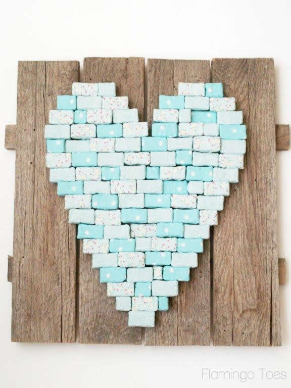 block heart on pallet