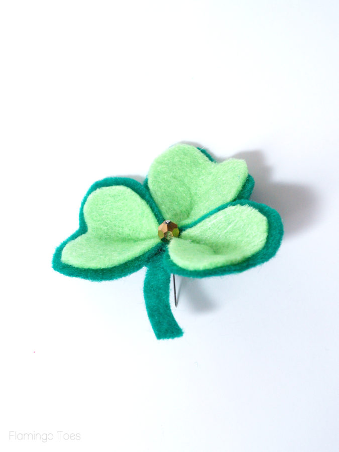 gold bead on shamrock
