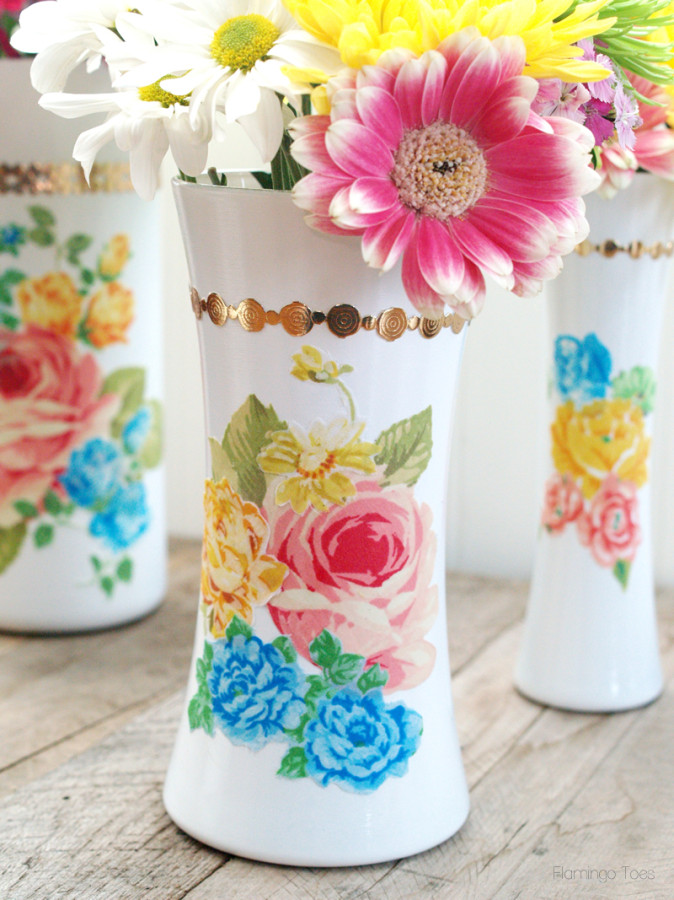 Floral Vintage Style Vases