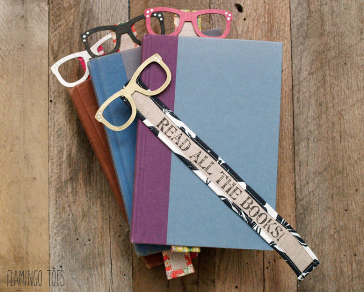 Read in style fun wood and fabric bookmarks
