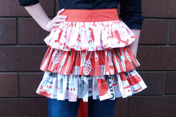 Easy DIY Picnic Apron