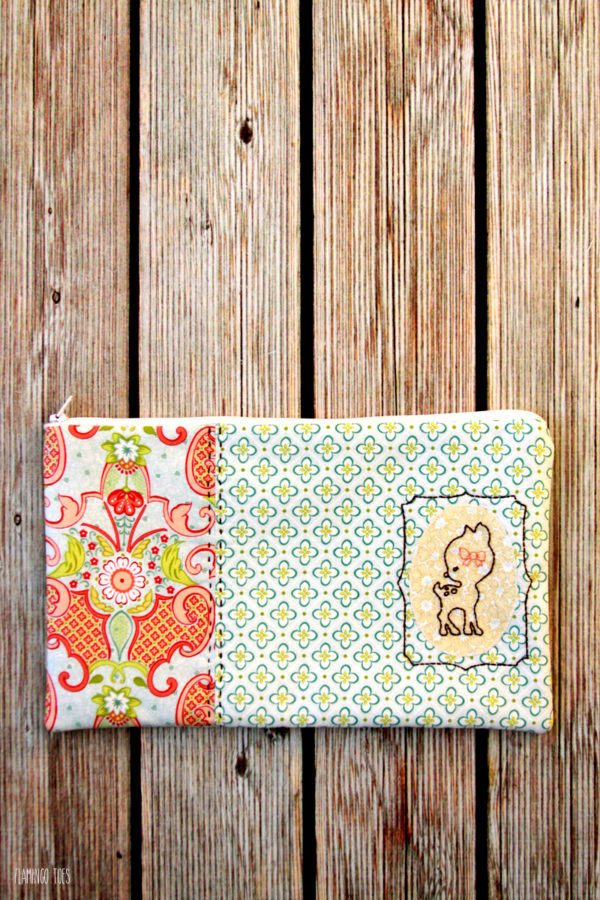 Deer-Zipper-Pouch