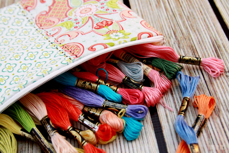 Easy-and-Cute-Zipper-Pouch-Storage