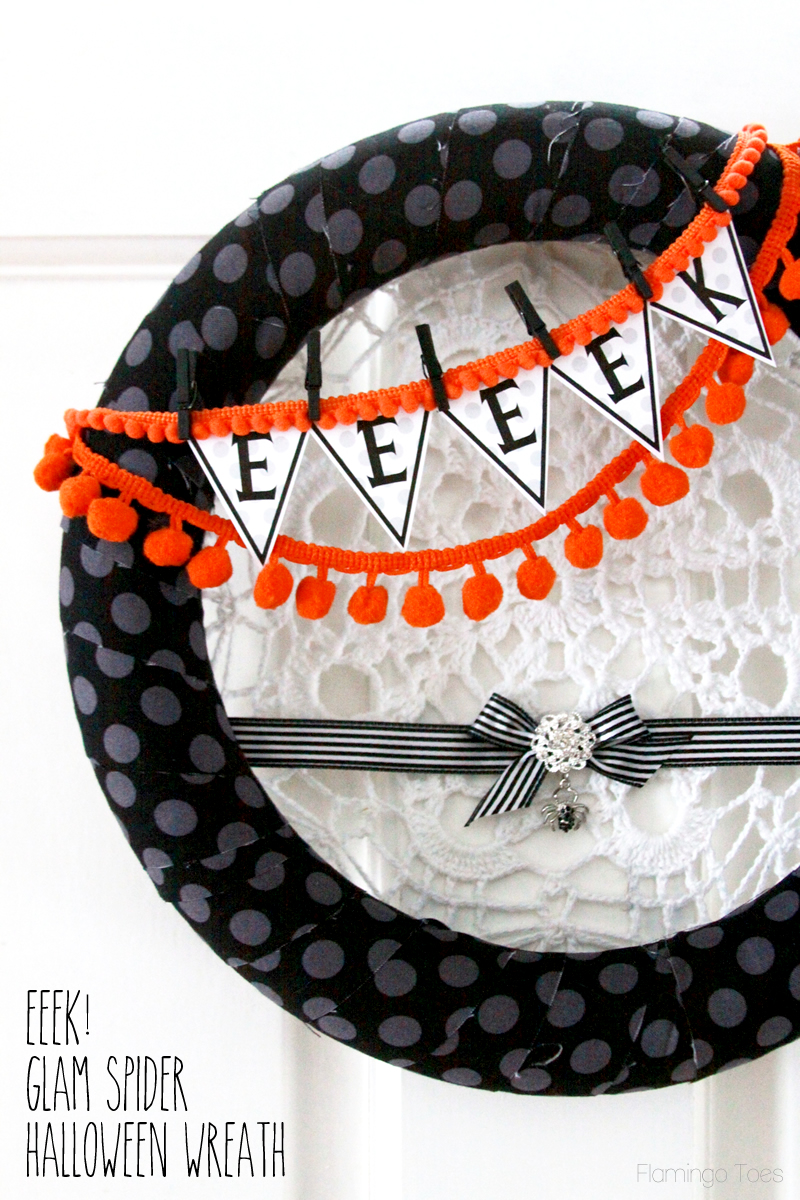 Eeeek! Spider Glam Halloween Wreath