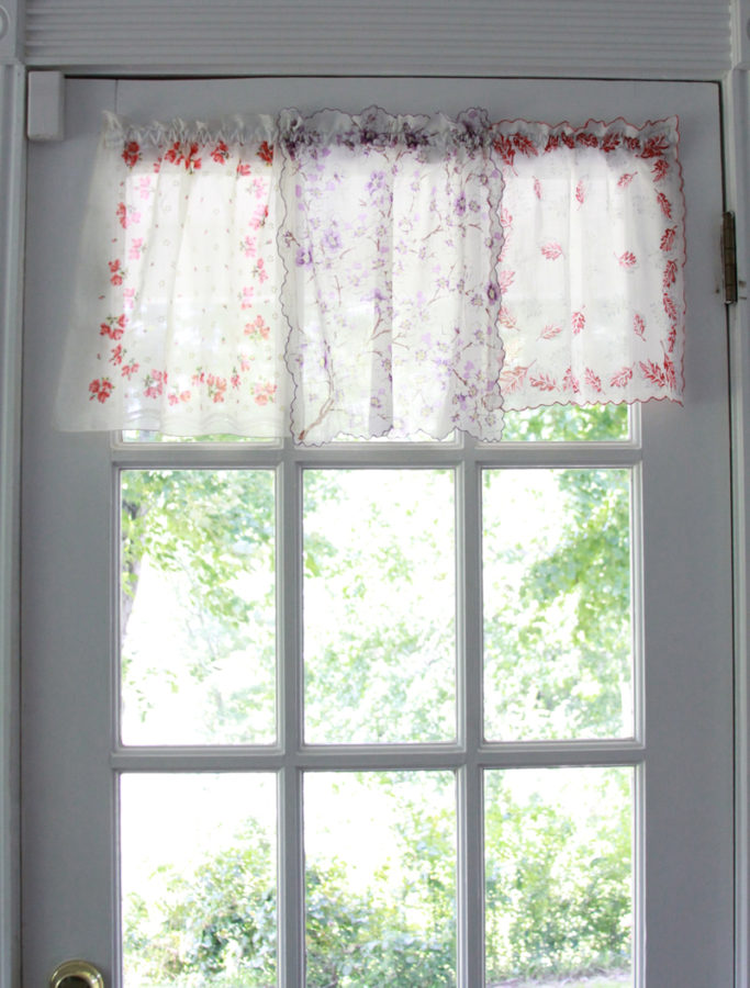 Light Handkerchief Curtains
