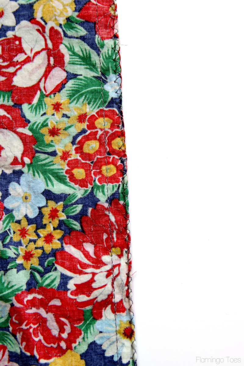 15 Minute DIY Skirt tutorial featured by top US sewing blog, Flamingo Toes: Side Skirt Seams