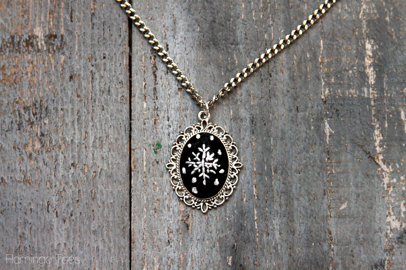 Chalk Embroidery Necklace