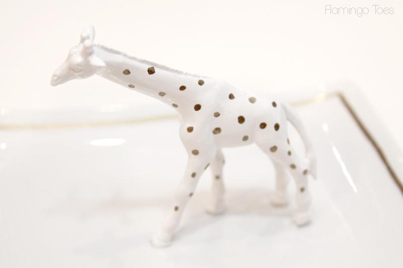 Gold-Polkadot-Giraffe