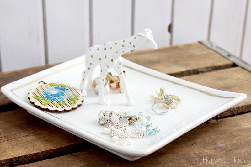 Polkadot-Giraffe-Trinket-Tray
