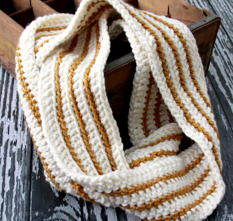 Free Crochet Scarf Patterns featured by top US sewing blog, Flamingo Toes: Cozy Striped Infinity Scarf