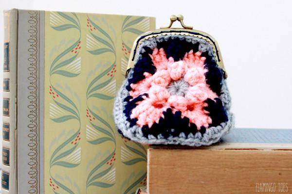 Easy-Crochet-Coin-Purse