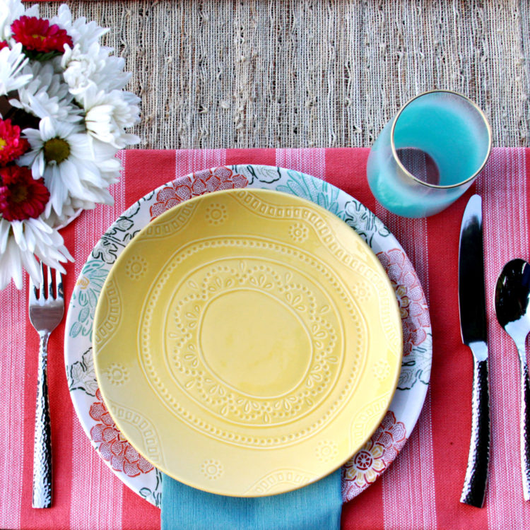 Easy Outdoor Place Settings