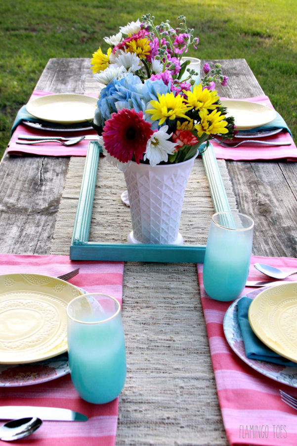 Easy Vintage Picnic Table Setting