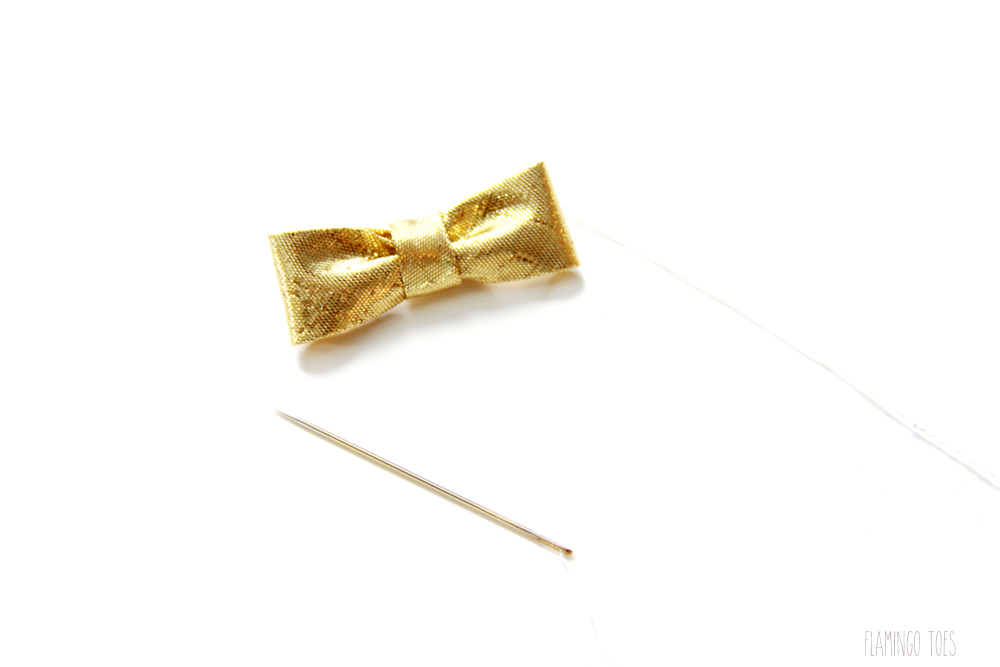 Gold-Bow