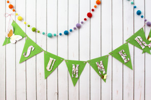 DIY Summer Time Pennant Banner