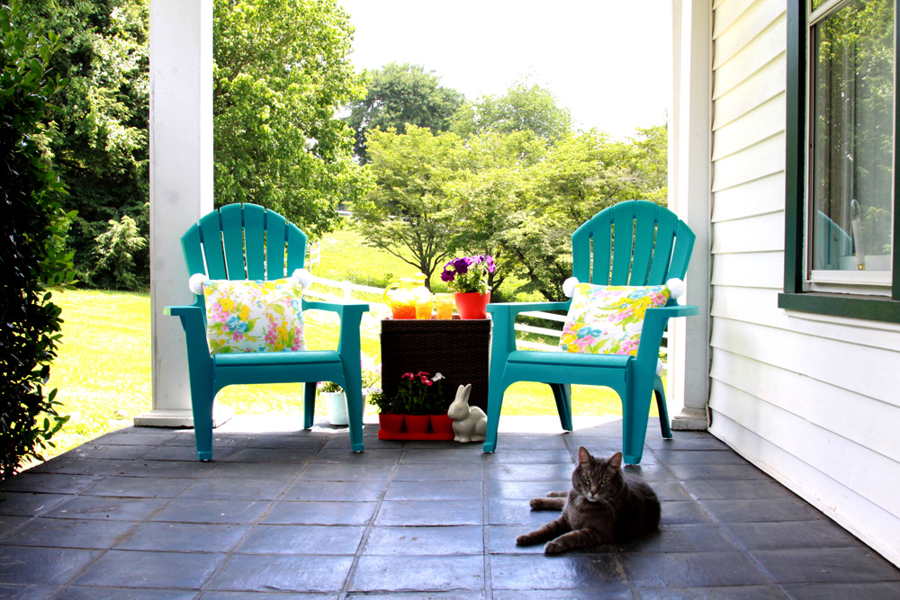 Easy and Colorful Summer Porch Decorations