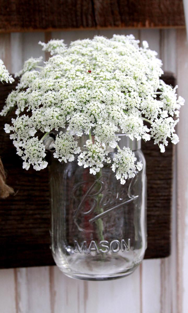 Pretty Mason Jar Vase