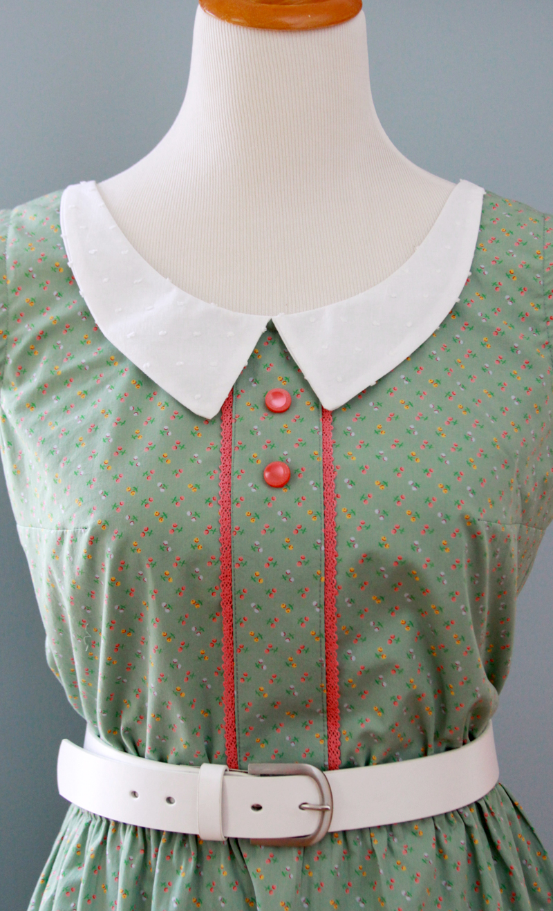 Vintage style collar and trim