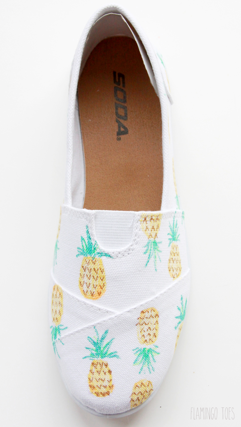DIY Pineapples on shoes