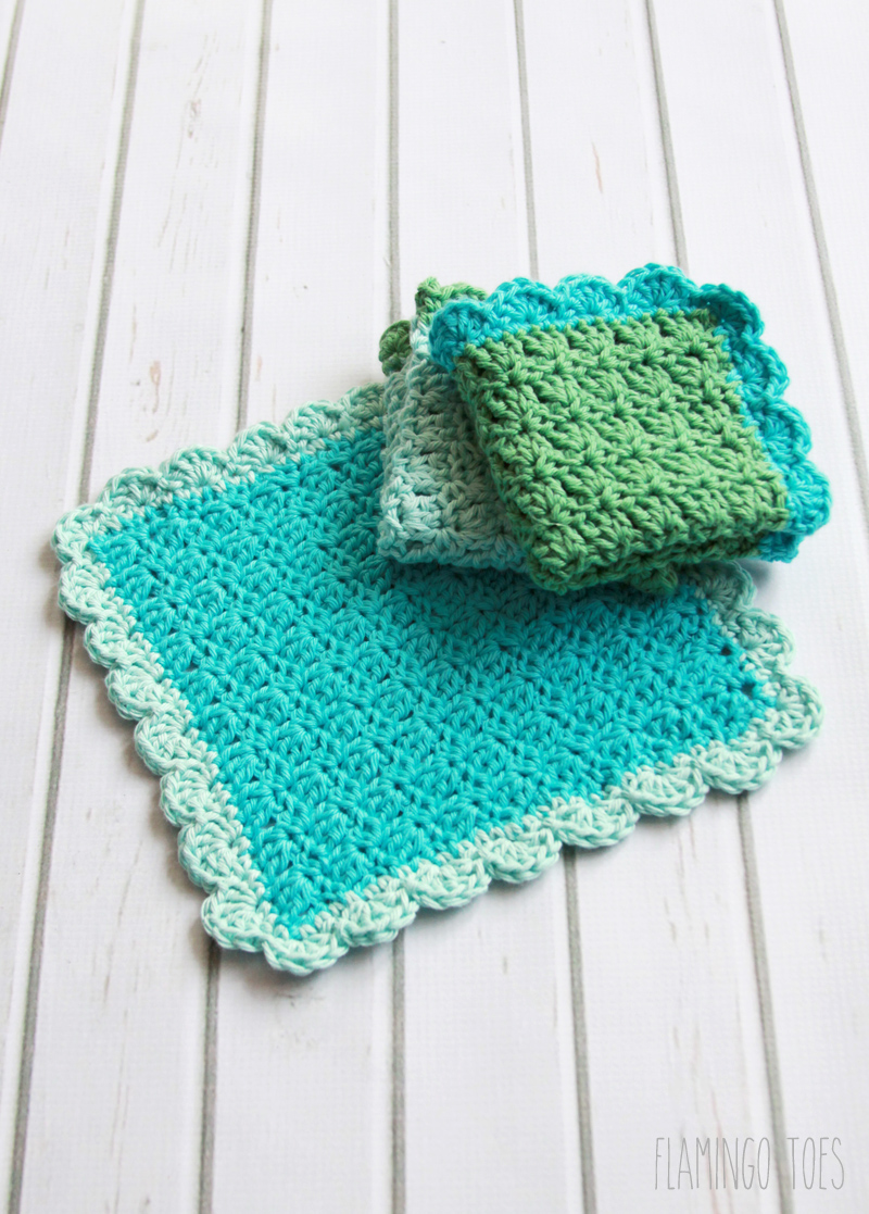 Easy Crochet Dishcloth Pattern featured by top US crochet blog, Flamingo Toes: Textured Crochet Dish Cloths