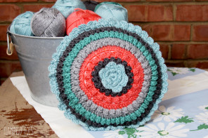 Popcorn Circles Crochet Pillow – Free Pattern