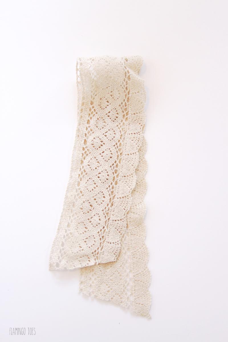 Lace Strip around Foam