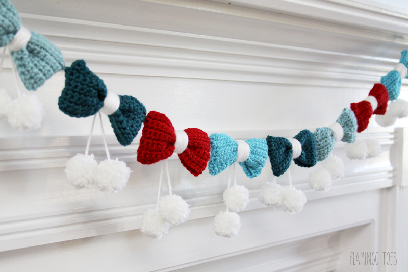 Bows and Pom Poms Garland
