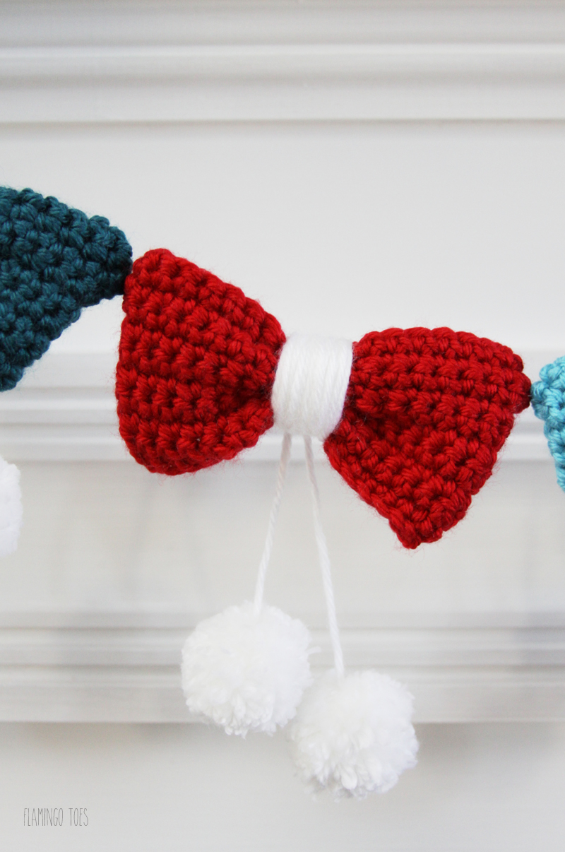 Cute Crochet Bow Garland