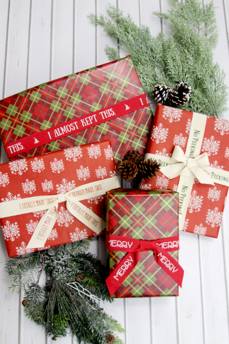 Easy Personalized Christmas Ribbons