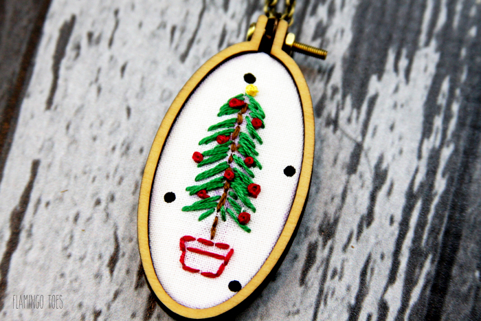 Pretty Embroidered Christmas Necklace
