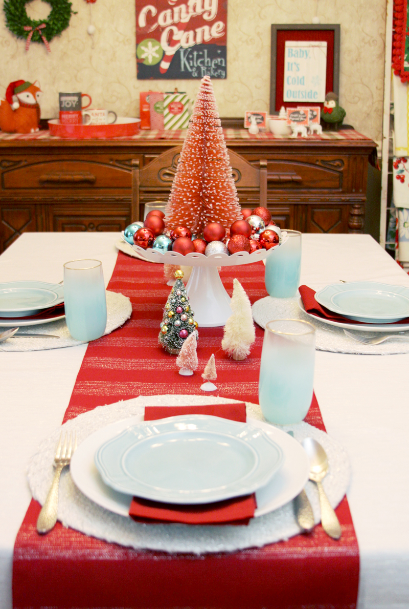 3 Simple Holiday Table Settings