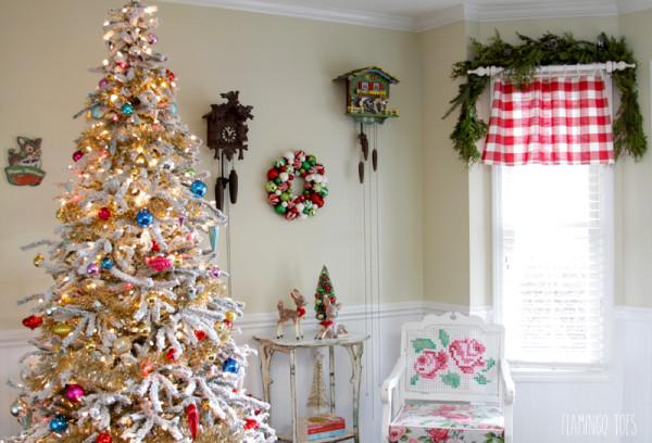 Vintage Inspired Christmas Tree Display