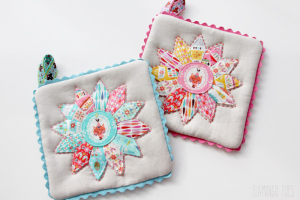 Retro Kitchen Potholders
