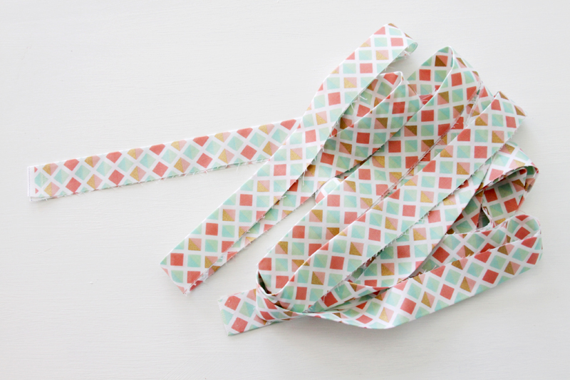 table runner bias tape