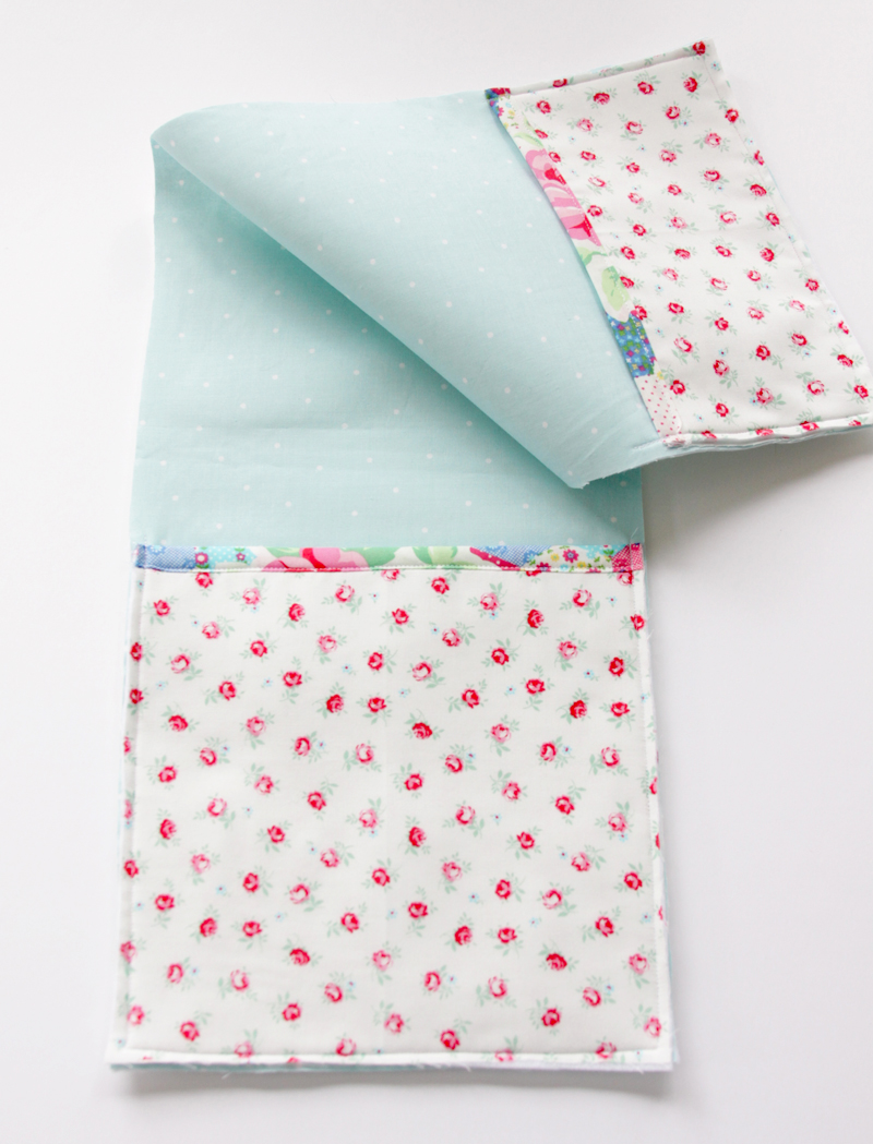 Sewing Pockets to Organizer